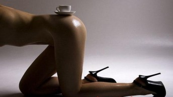 Холодный кофе повышает либидо.