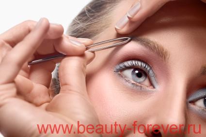 Ежедневный макияж деловой женщины