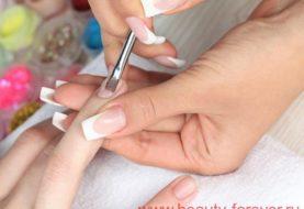 Как удалить желтые пятна на ногтях.