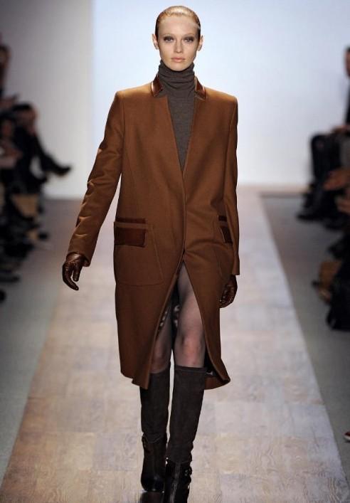 Пальто мужского стиля