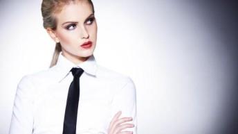 Женский галстук : как носить, подобрать, завязать галстук