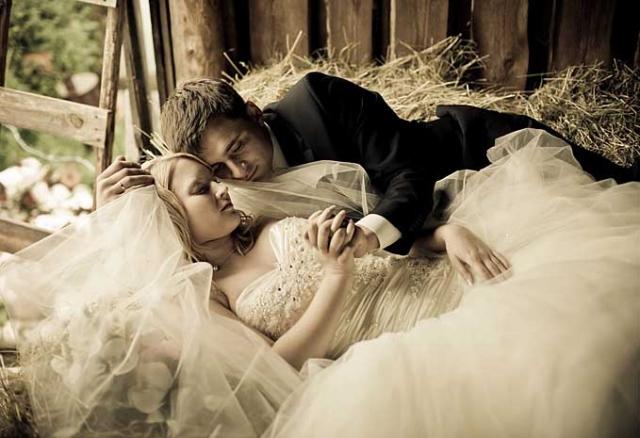 Секс фантазии молодоженов в брачную ночь