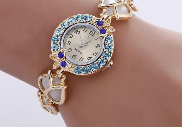 Элитные часы с камнями