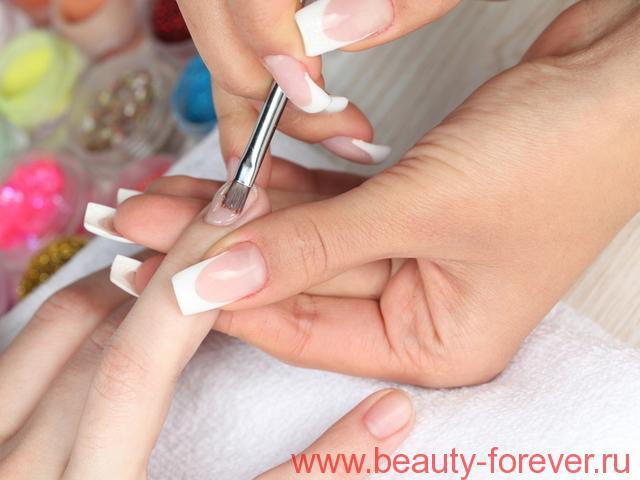 Как удалить желтые пятна на ногтях