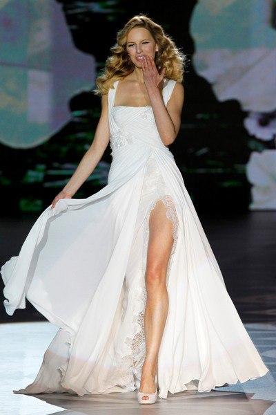 Платья с разрезом